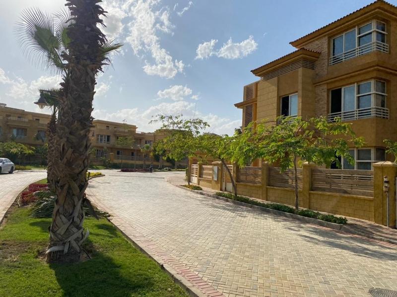 stand-alone villa in Jeera