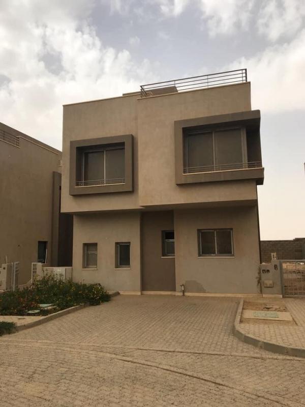 فيلا مستقلة للبيع vgk التجمع القاهره الجديده Standalone villa for sale in vgk, New Cairo