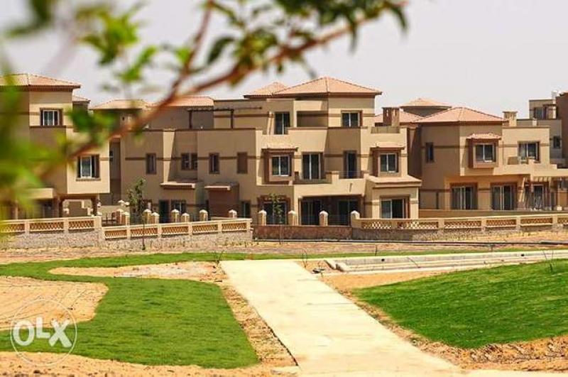 تاون هاوس للبيع بالم هيلز القاهره الجديده 650م town house for sale pk1
