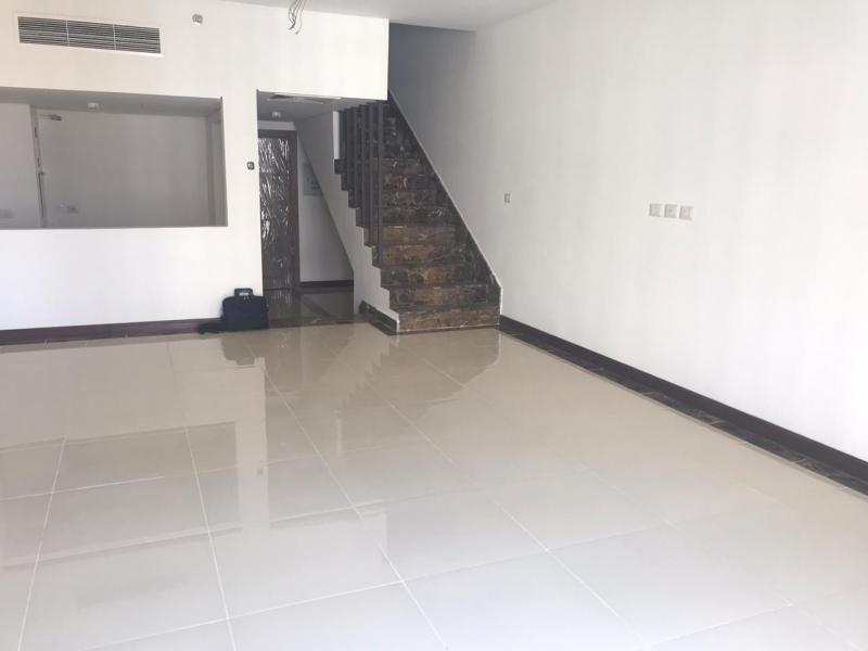 للبيع دوبلكس 180م فى كمبوند بورتو نيو كايرو For Sale Duplex in Porto New Cairo AUC