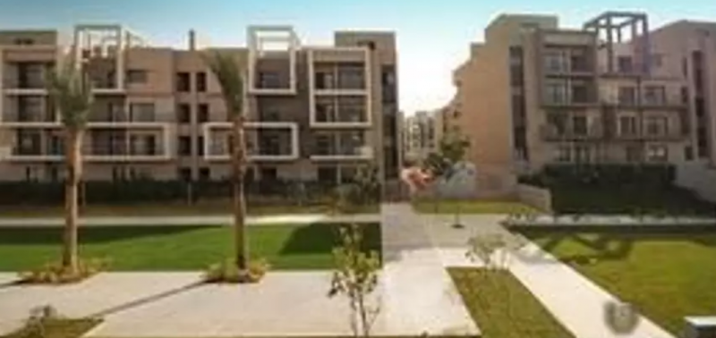 Apartment with penthouse in AlMarasem compound